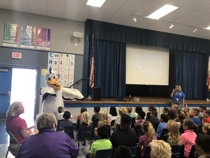 Pete the Pelican came to our Behavior Assembly!  #hesdpride #PelicanPride
